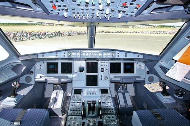 Airbus A318 Cockpit
