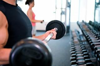 Musculação ajuda na prevenção de doenças do coração