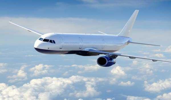 Για ποιό λόγο τα περισσότερα αεροπλάνα είναι λευκά; Βίντεο