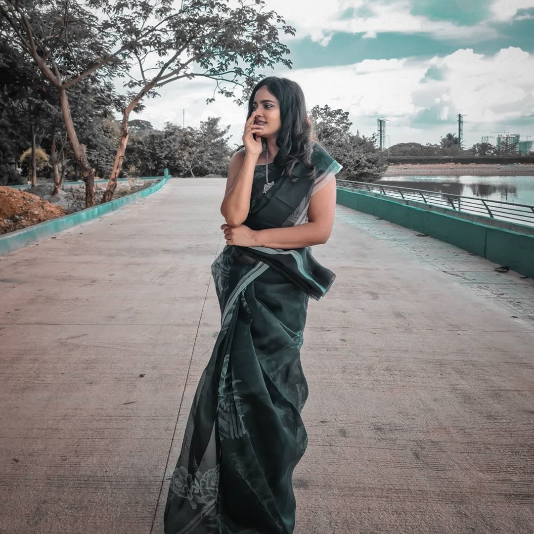 Nandita Swetha in Saree super cute pics
