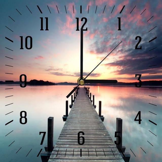Obrazy z zegarem – pomysł na aranżację wnętrza