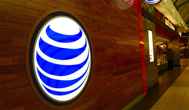 B&E | AT&T says Time Warner purchase could avoid FCC scrutiny