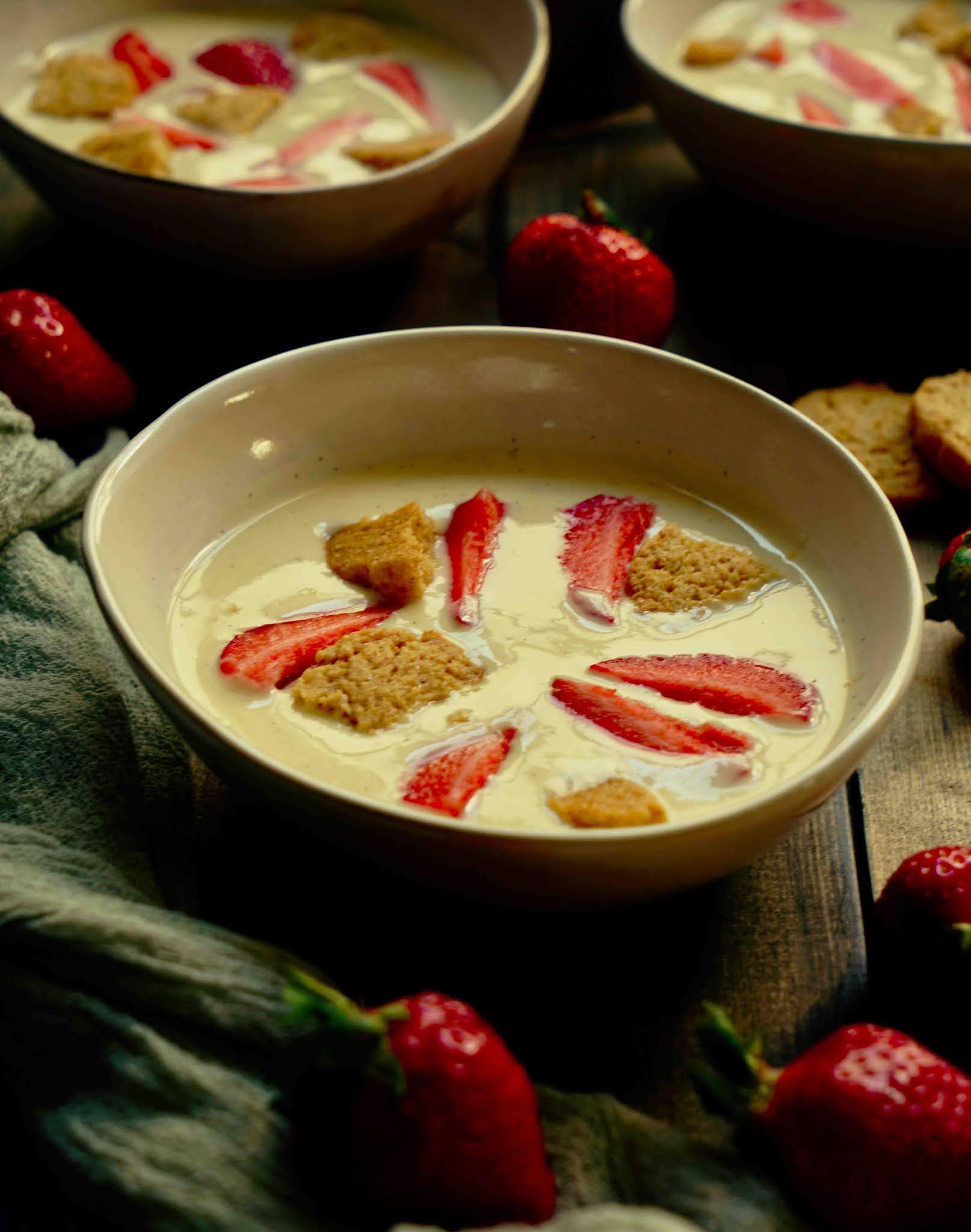 recette danoise , lait fermenté , fraises , dessert frais