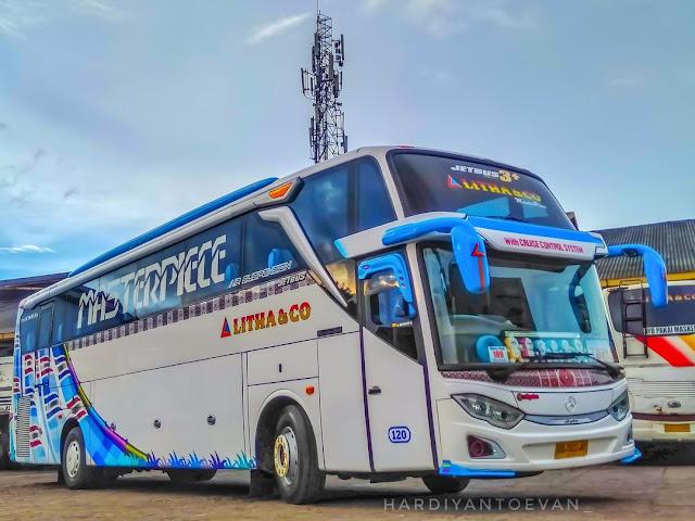 Jetbus 3+ Litha & Co