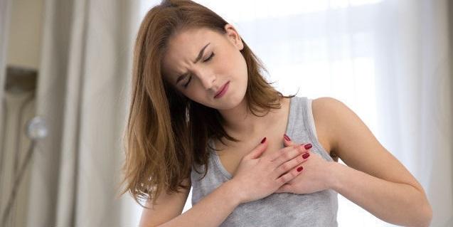 www.Cara Mencegah Pembengkakan Saat Menyusui Dan Penyebab Rasa Sakit Pada Payudara