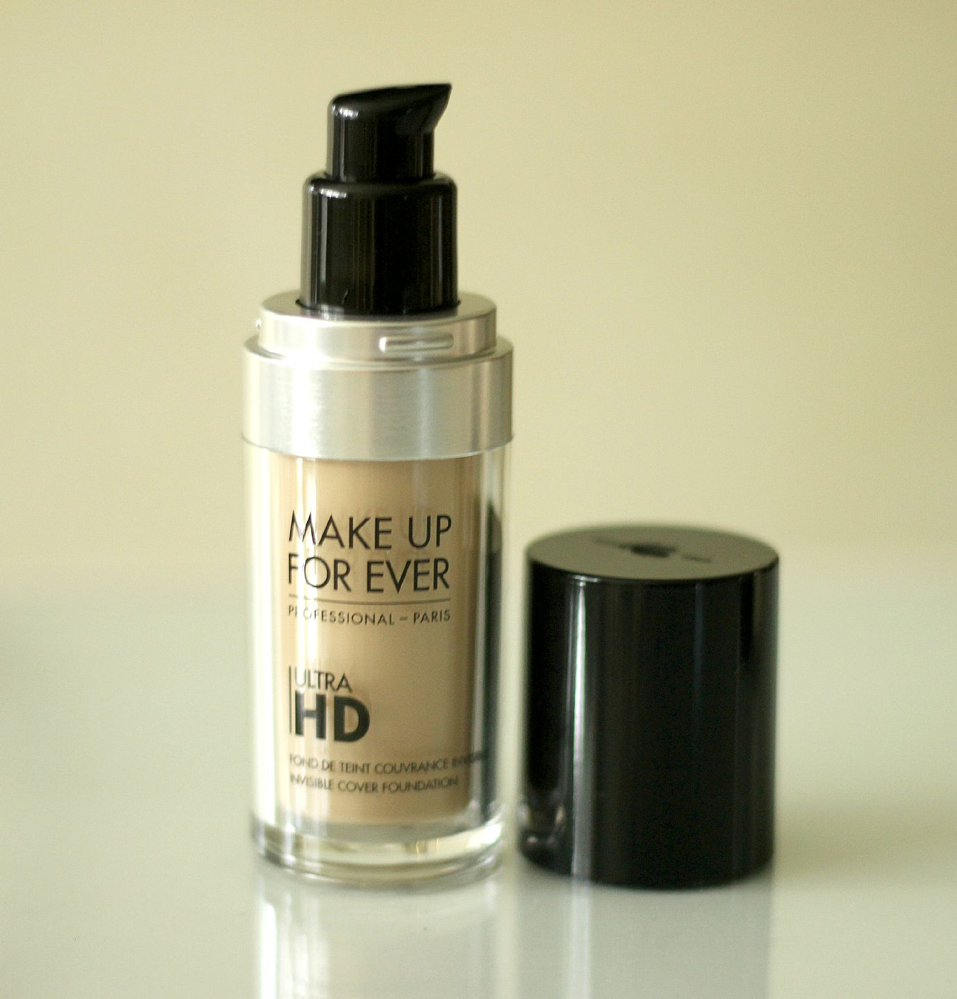 Make Up For Ever Ultra HD Invisible Cover Foundation Y235 Review