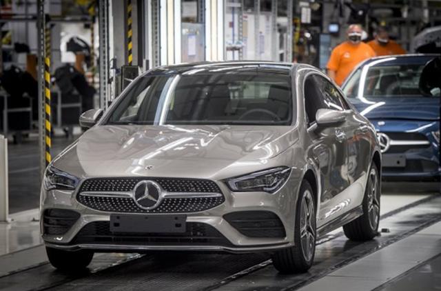 Megkezdődik a hibrid autók gyártása a kecskeméti Mercedes-gyárban