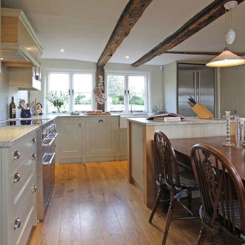 Old White Farrow and Ball kitchen
