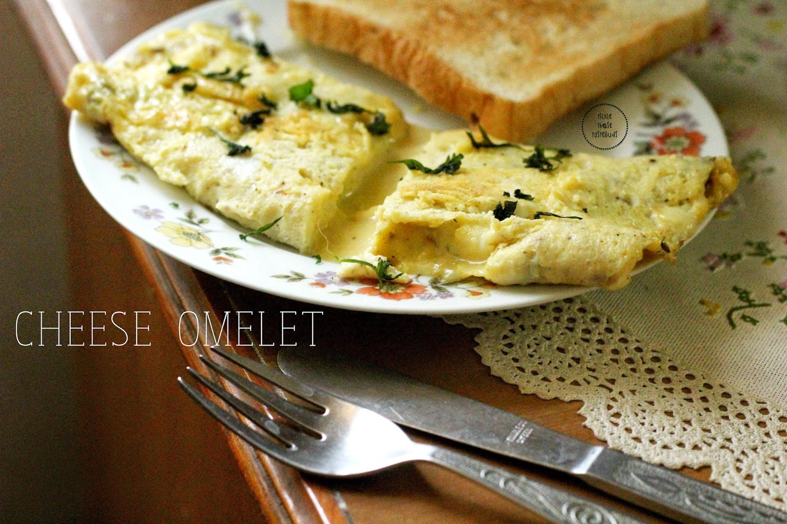 Cheese-Omelet-Ticklethosetastebuds