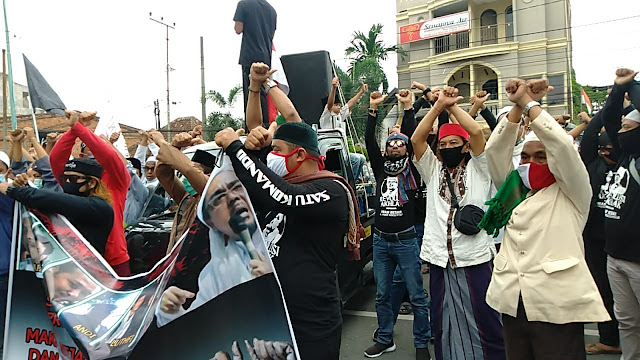 AMIN Jambi Unjuk Rasa, Massa Dibubarkan Kapolda Jambi