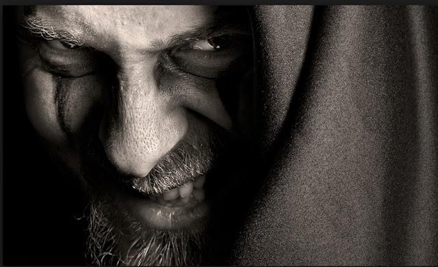 3 ndryshime mes një narcisitsi dhe një sociopati, pse duhen larguar menjëherë