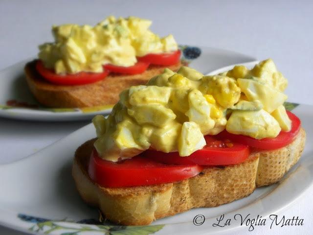 insalata di uova sode con sedano e cipollotto