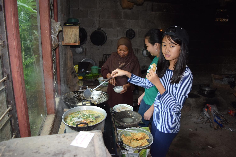 Kegiatan Live In SMP Kristen Kalam Kudus Surakarta