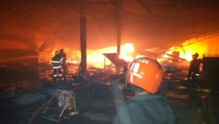 Distro  Sragen Kulon Terbakar