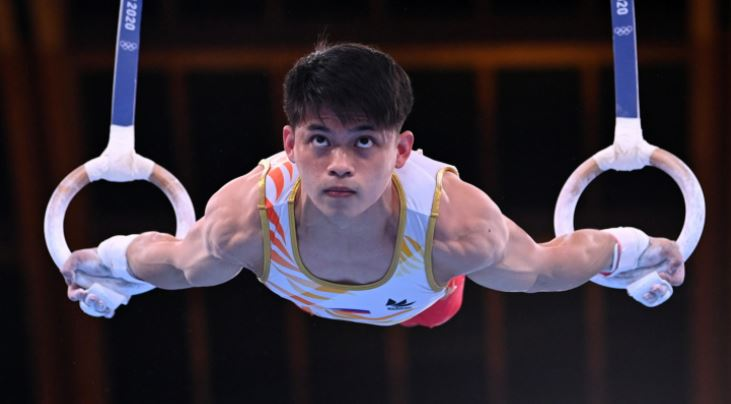 Carlos Yulo makes it to vault final Olympics