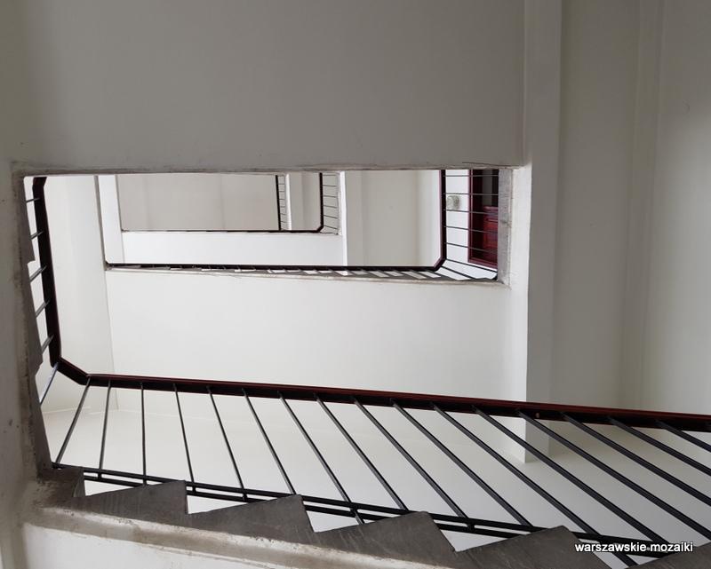 Warszawa Warsaw kamienica architektura architecture zabytek przedwojenna kamienica Śródmieście klatka schodowa