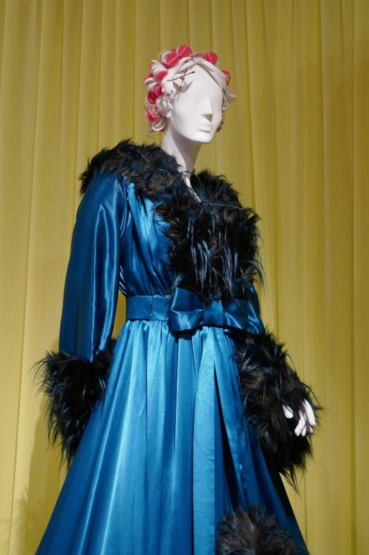 Esmé Squalor dressing gown A Series of Unfortunate Events