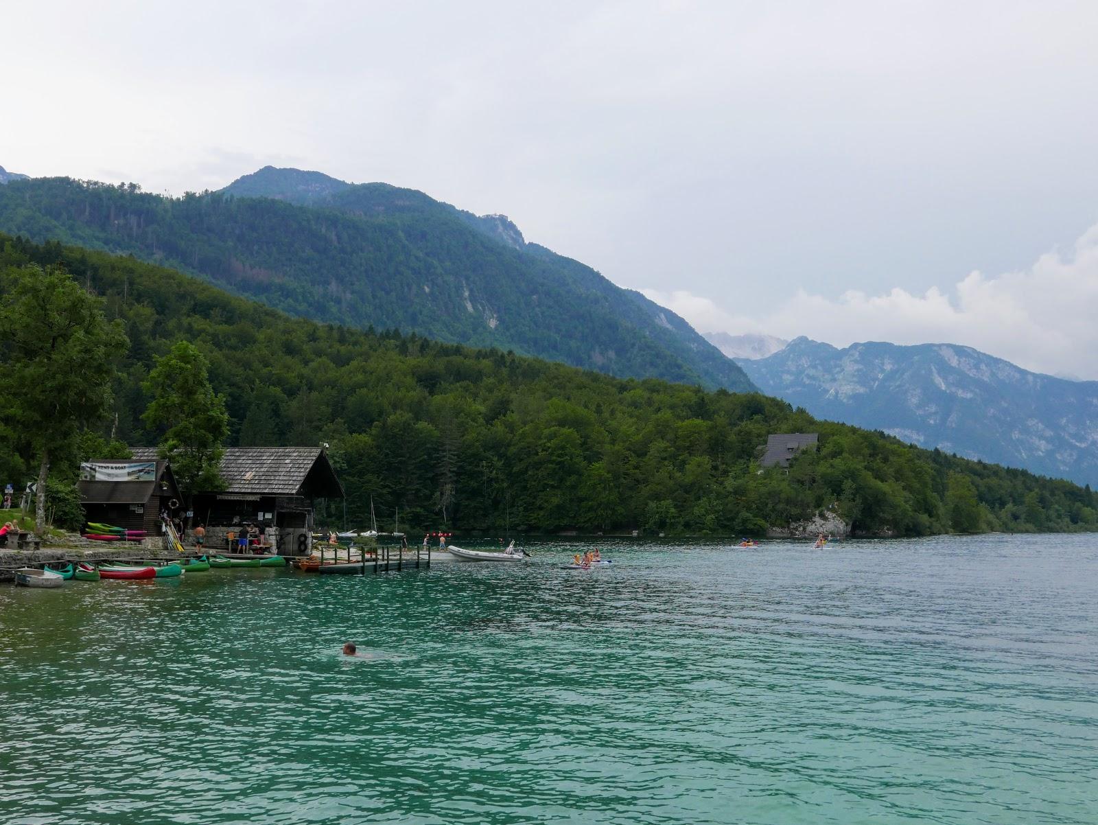 słowenia, słowenia atrakcje, słowenia atrakcje turystyczne, ałowenia jezioro, słowenia jezioro bohinj, alpy julisjkie, szczyty alp, alpy na pierszy raz, słowenia góry, słowenia atrakcje, słowenia szlaki, słowenia via ferraty