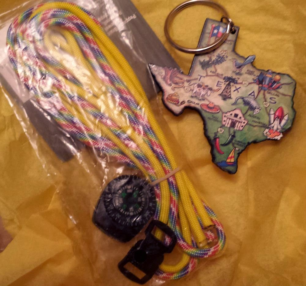 Beed Peeps Swap 'n Hop, May 2 reveal ~ Texas key chain :: All Pretty Things