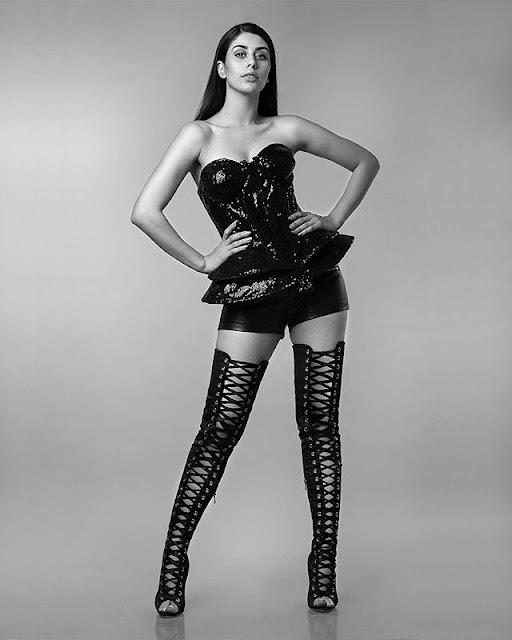 Warina Hussain Hot & Sexy Pics