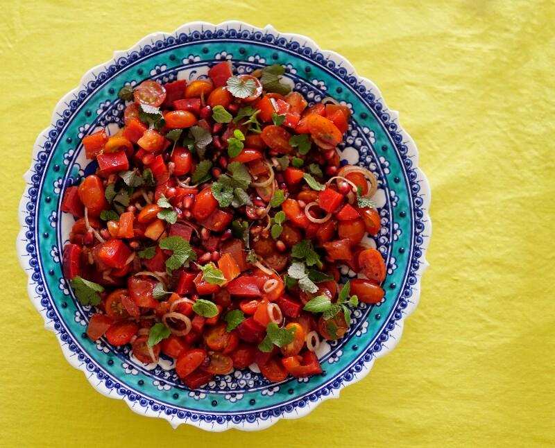 Salaatti, värikäs