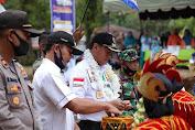 Bupati Sukandar Resmikan Tugu Duren Unit 10 Rimbo Ulu
