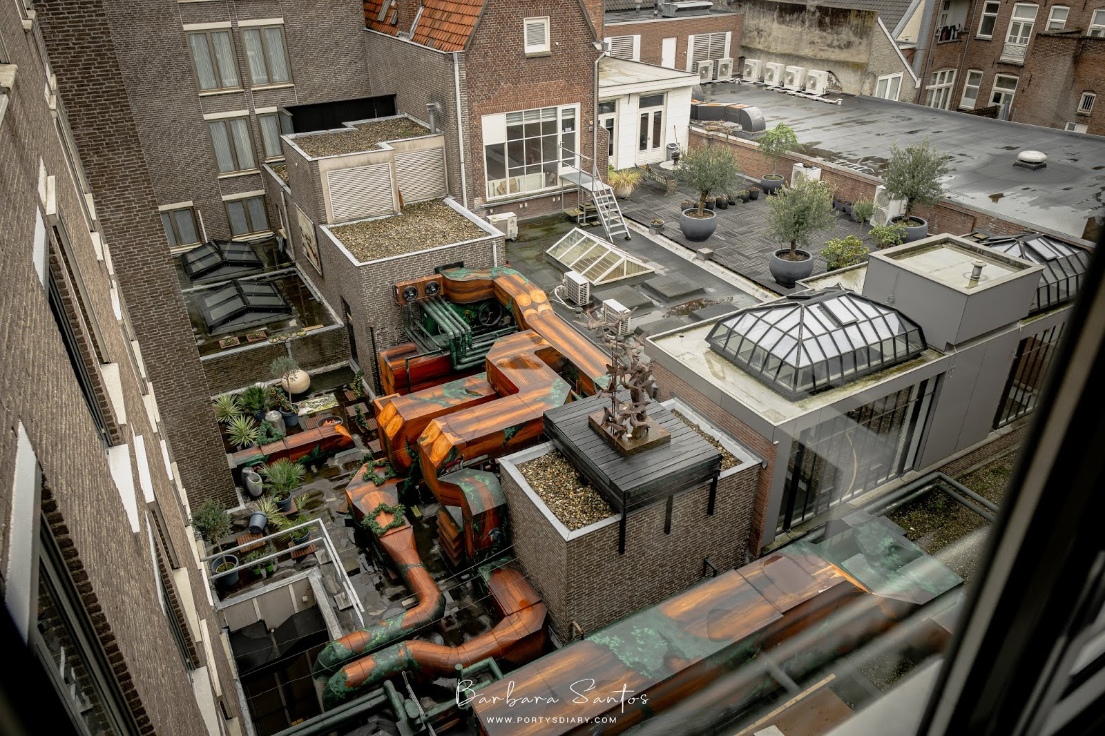 Artsy room view, Den Bosch. A weekend in Den Bosch, the Netherlands. A trip diary of how to spend a weekend in this Dutch city.