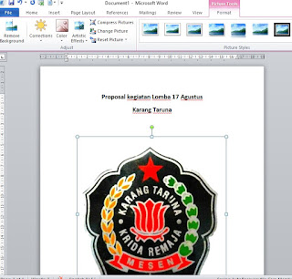 Membuat Cover Proposal
