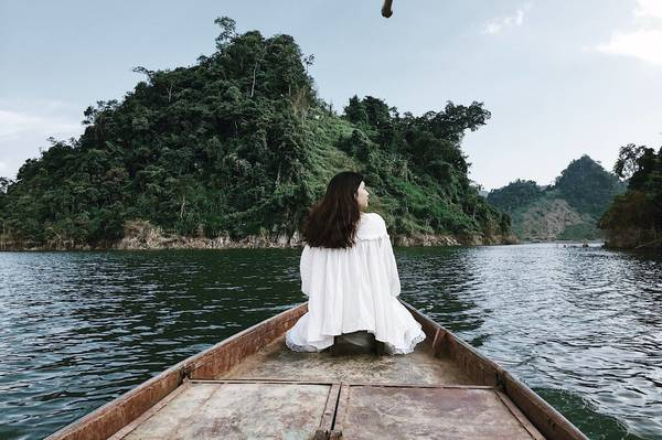Moc Chau travel.