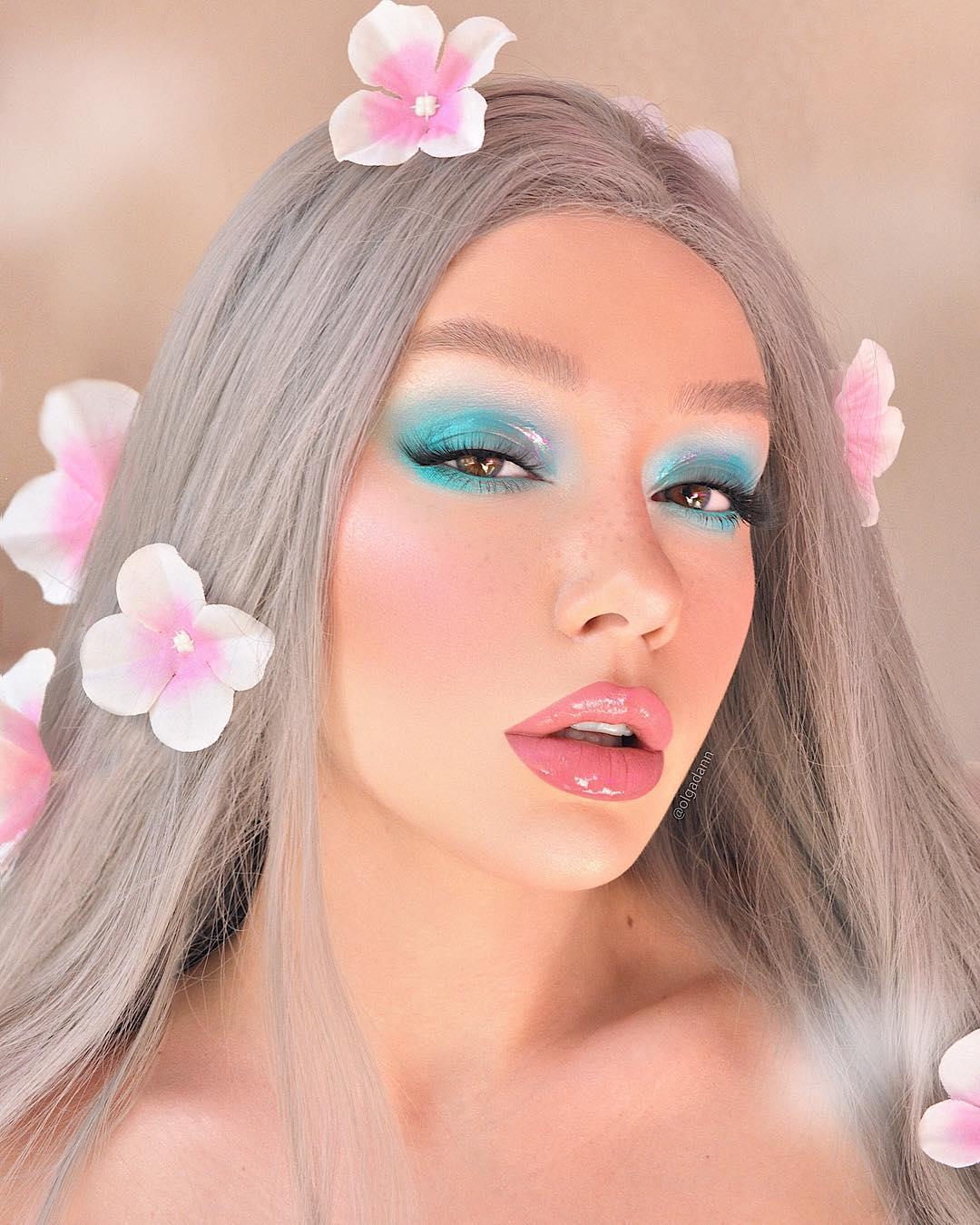 Maquiagem sombra verde azulado