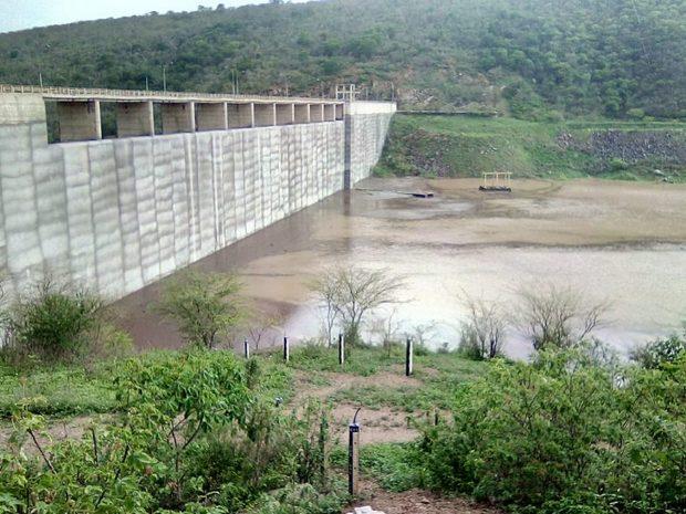 Dnocs e Defesa Civil afirmam que barragem de Jucazinho não corre risco de romper; Veja vídeo
