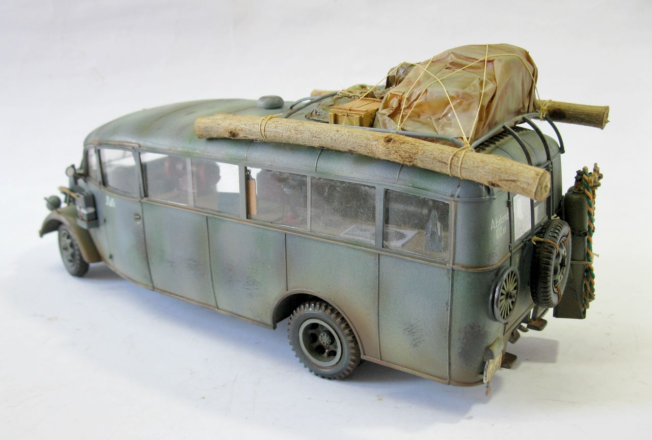 panzerserra bunker military scale models in 1 35 scale opel blitz bus 3 6 47 model w39. Black Bedroom Furniture Sets. Home Design Ideas