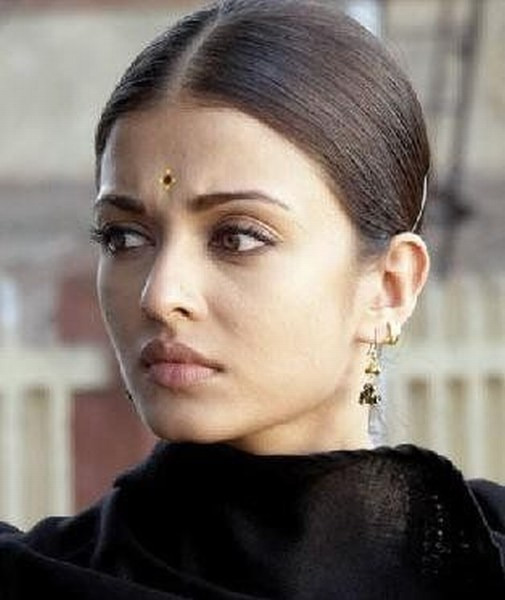 Aishwarya rai simple look Mithout Makeup