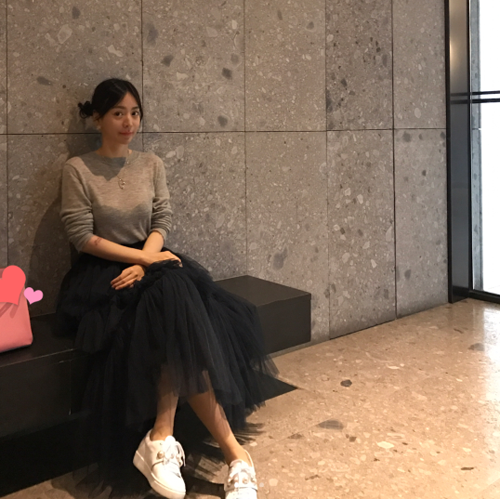 Hwang Hana Posting Foto Tunangannya Park Yoochun