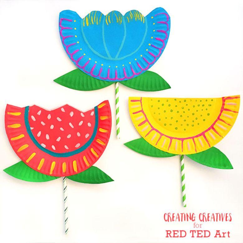 Spring crafts for kids - paper plate flower craft