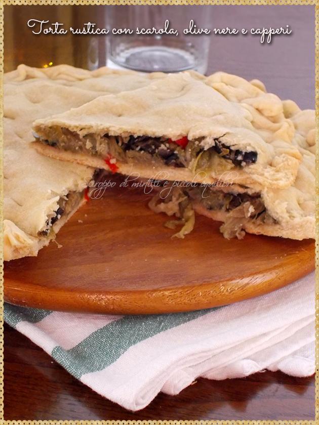 Torta rustica con scarola, olive nere e capperi
