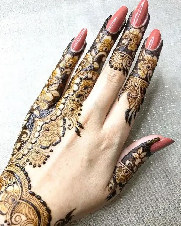 new pakistani mehndi designs