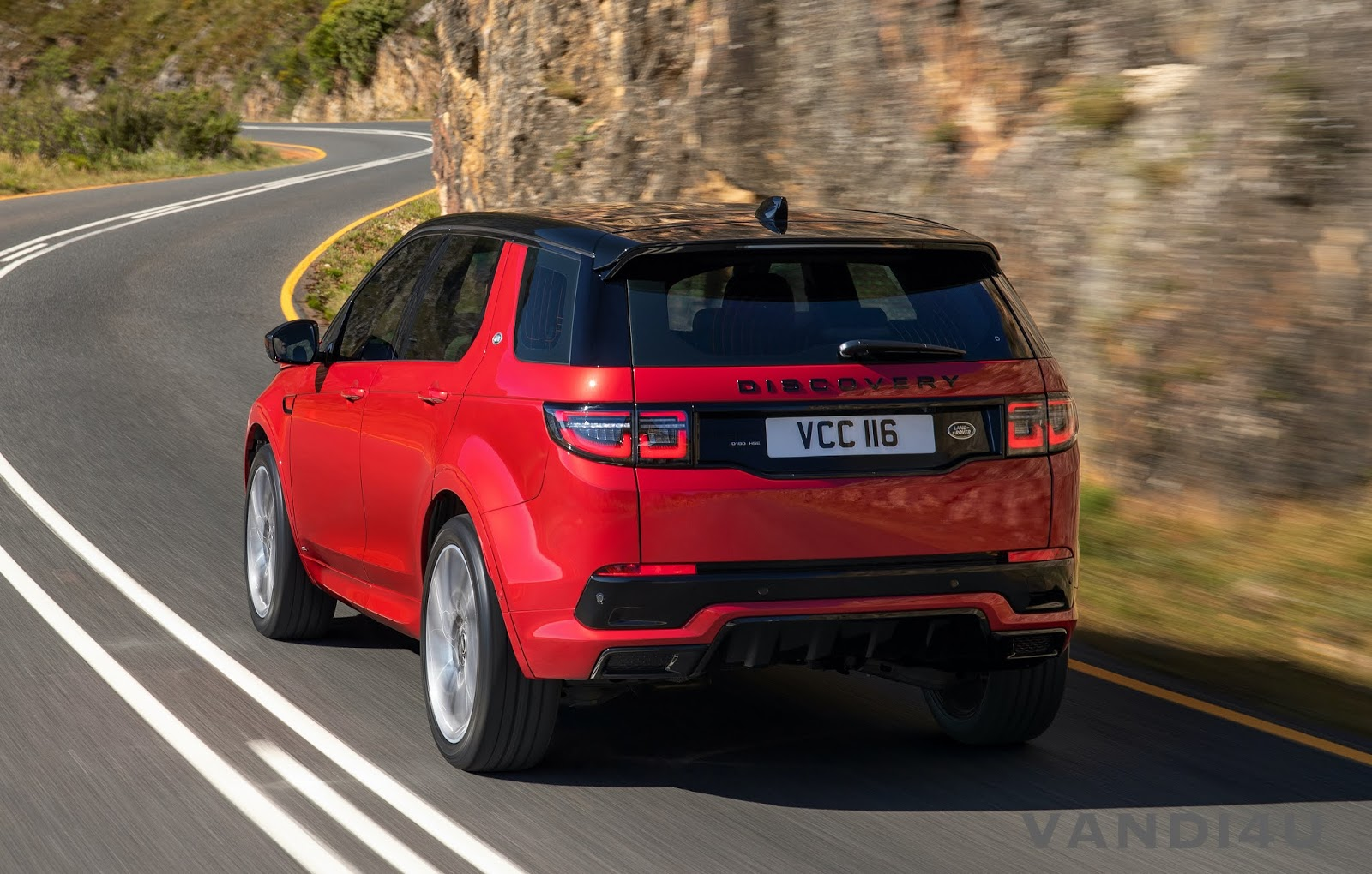 Jaguar Land Rover launches 2020 Discovery Sport in India at Rs.57.06 lakh | VANDI4U