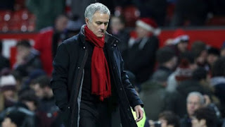 Sport: Mourinho's new Manchester United deal ends hope of Ronaldo return