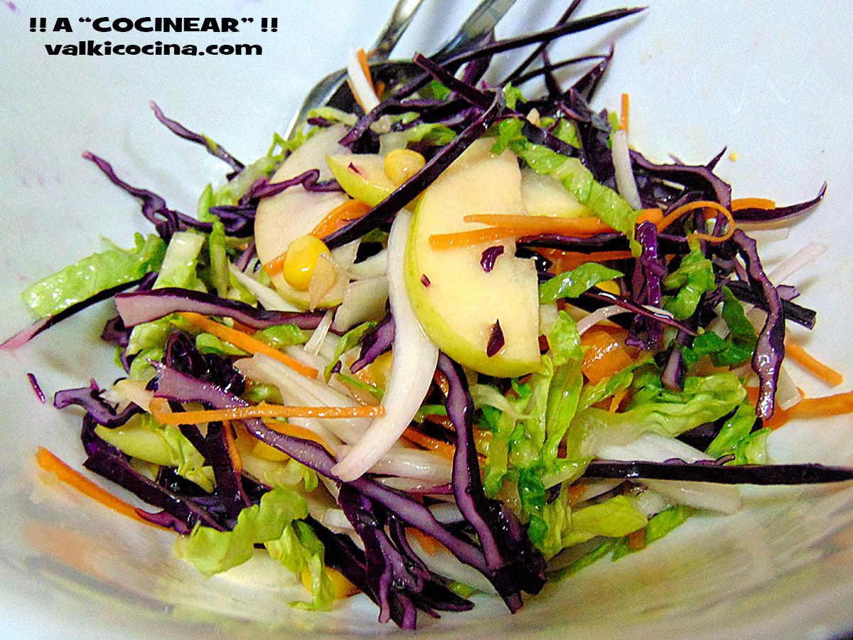 Ensalada de col lombarda con manzana y vinagreta de for Como cocinar col lombarda