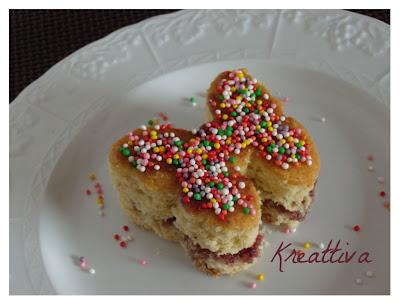 farfalla in pan di spagna