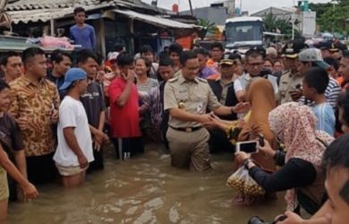Anies Dibully Gara-Gara Banjir, Andi Arief: Tak Mungkin Pemda Sendirian Urus Curah Hujan Ekstrem, Ini Solusinya