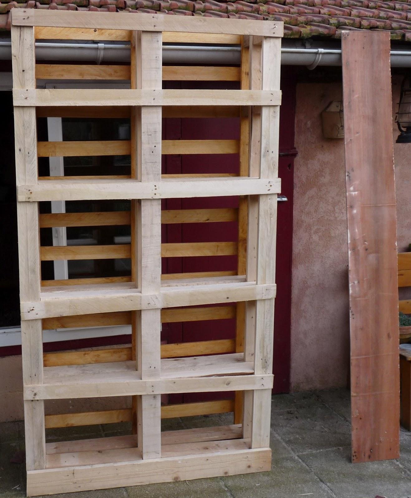 Fabuleux Construire Une Etagere Bois - Maison Design - Bahbe.com QB31