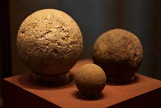 Bolas del juego de la pelota maya