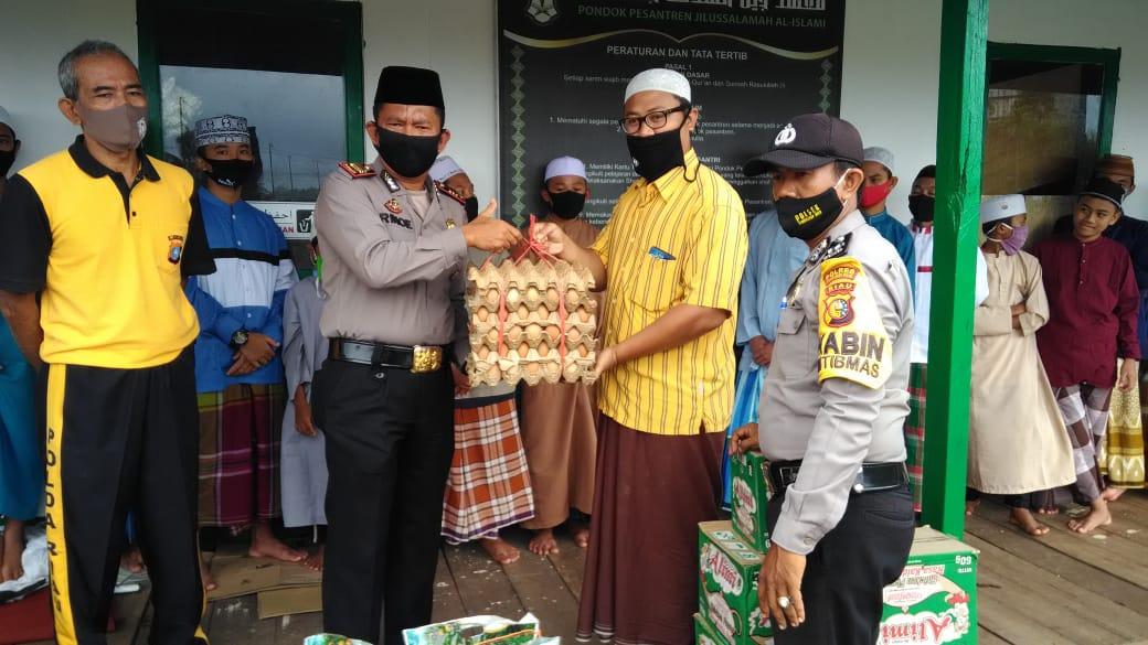 Ponpes Jilussalamah dan Polsek Tembilahan Hulu, Riau Bersinergi Cegah Santri Dari Bahaya Narkoba