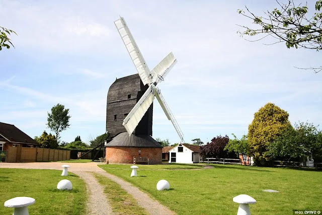 Outwood Windmill Surrey (England)