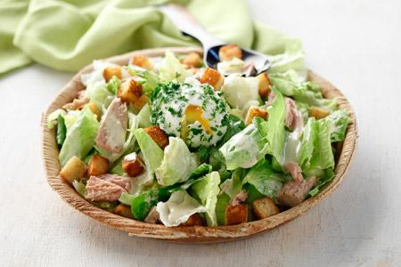 Σαλάτα Σιζάρς με τόνο και αυγό - Loaded Ceasar salad with tuna and egg
