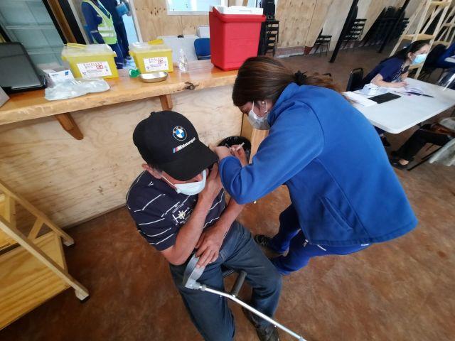 Vacunación en Puyehue