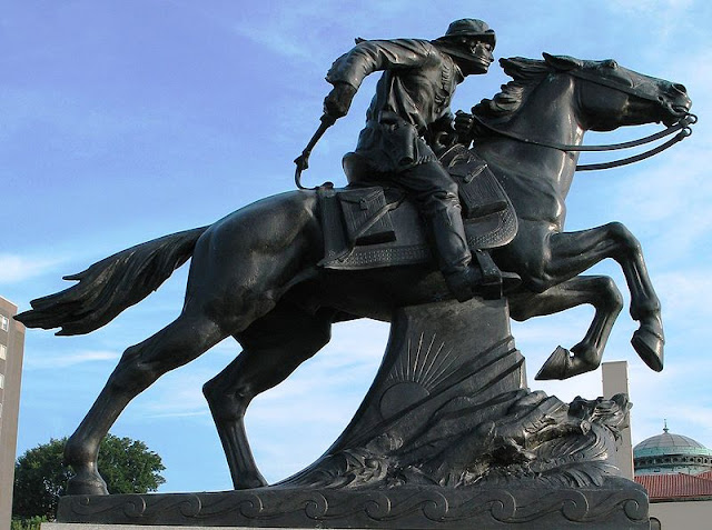 Image: Pony Express statue in St. Joseph, Missouri, by Hermon Atkins MacNeil on Wikimedia