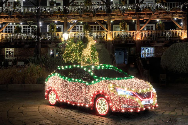 Nissan Leaf Christmas Tree Preview-928x5223